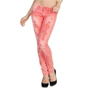 """Diesel women's """"ZIVY"""" jeans, new with tags"""